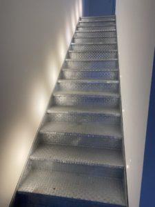 Escalier-galavanise-interieur-Kerlouan-225x300